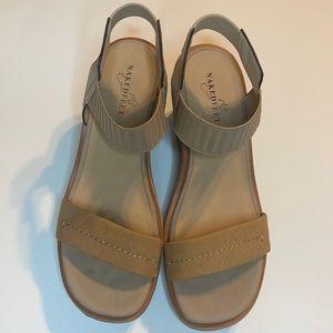 Naked Feet Sandal